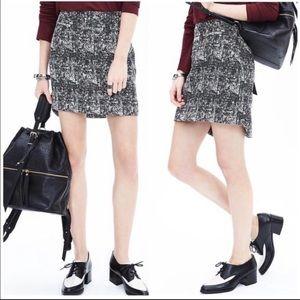 Banana Republic tweed black white skirt 6